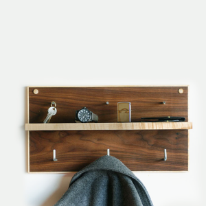 Wood Coat Rack:Accessories Shelf