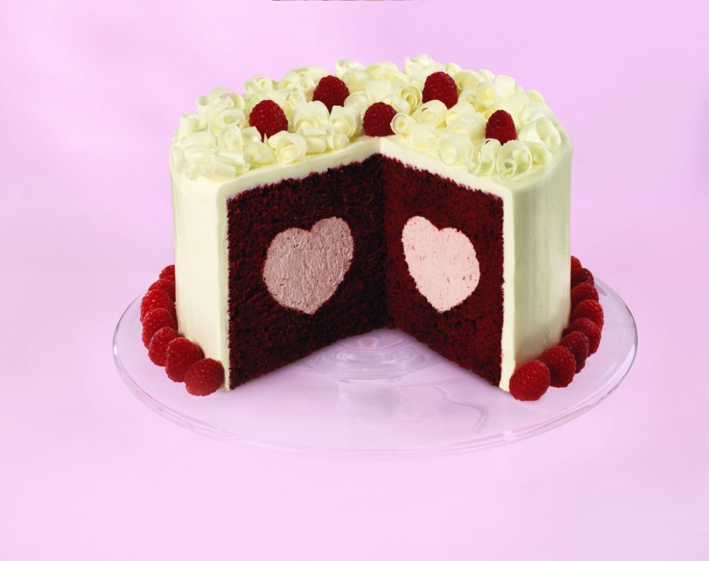 Heart Shaped Cake Pictures : Wilton Heart Shaped Tasty-Fill Cake Pan HolyCool.net