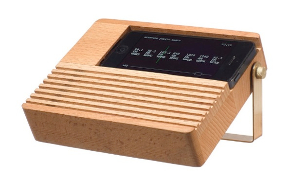 Retro Radio Dock