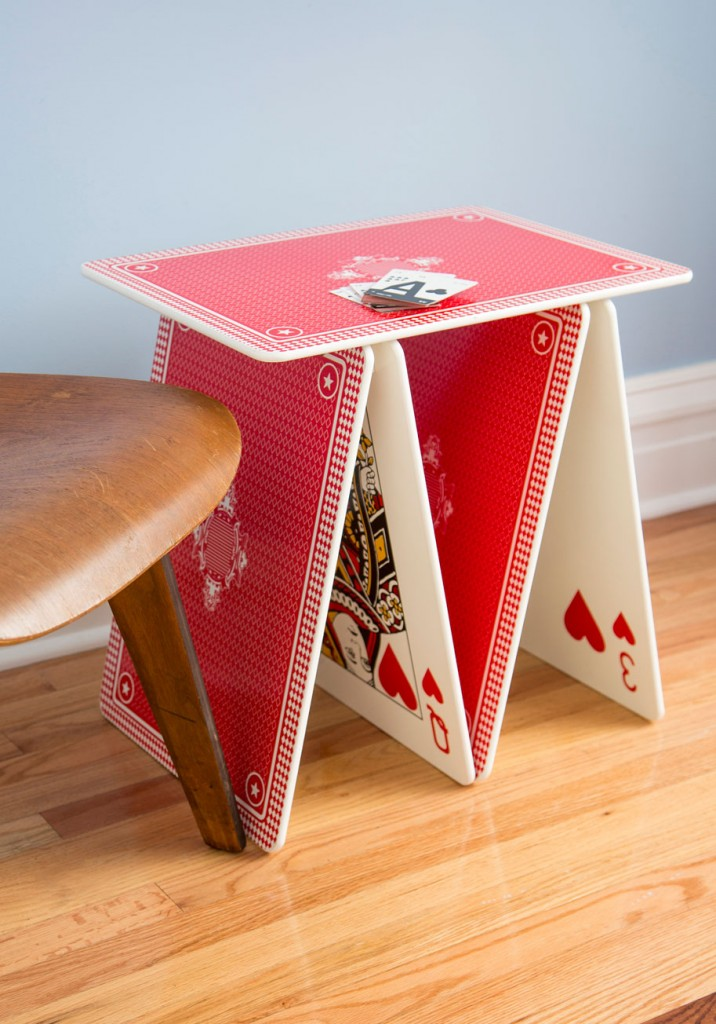 A La Card Table