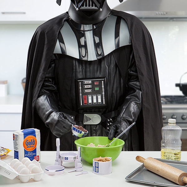 Star Wars R2-D2 Measuring Cup Set_Vader
