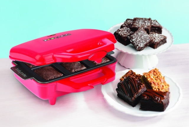 Babycakes Nonstick Coated Brownie Maker