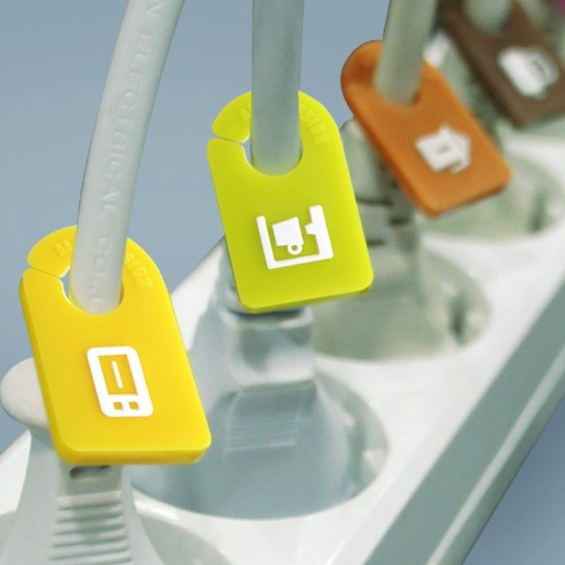Kitchen-Cable-Organizer-Plug-Tags