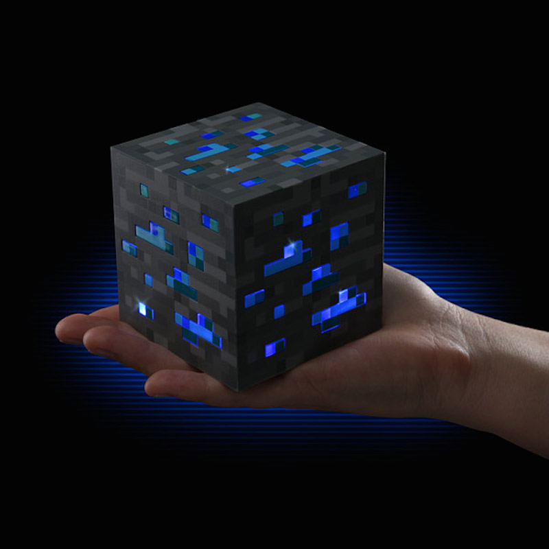 Minecraft-Light-Up-Diamond-Ore