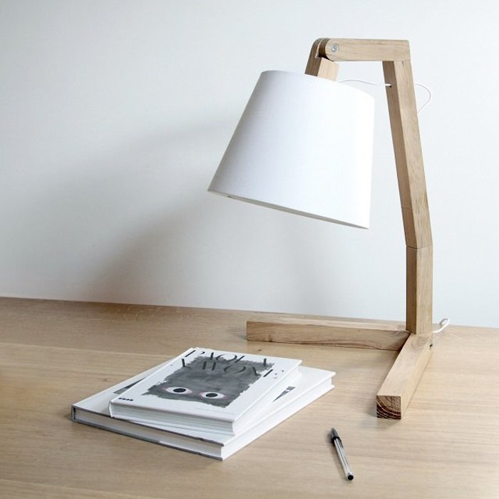 Oud-S-Table-Lamp