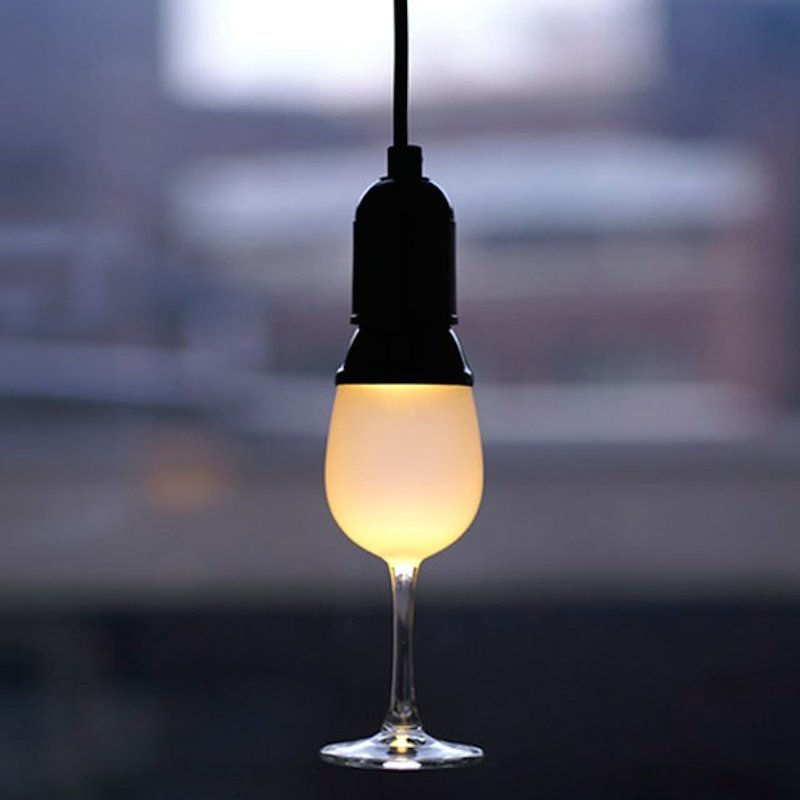 Glassbulb-Lamp-by-Oooms