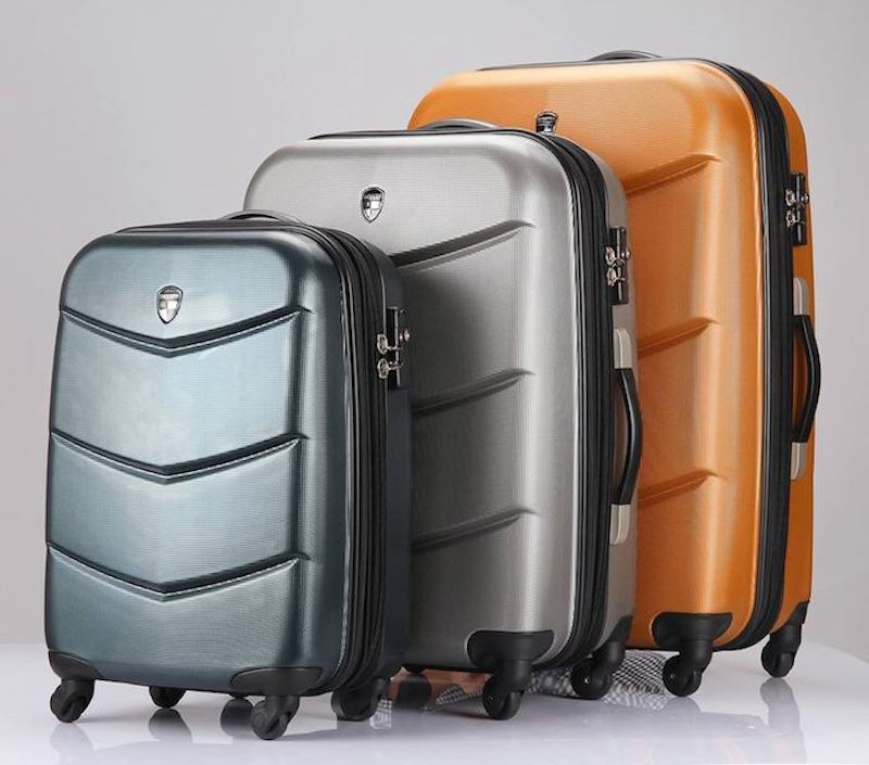 KONAS-The-Worlds-Only-Trackable-Luggage-and-Backpacks-01