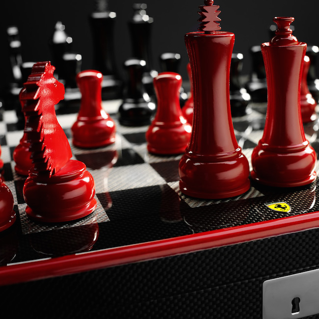 Ferrari-Carbon-Fiber-Chess-Set-01