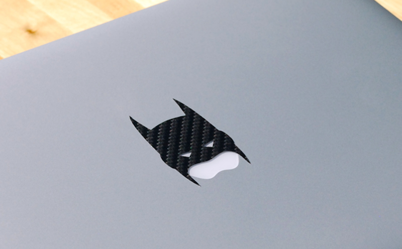 Carbon-Fiber-Batman-MacBook-Decal-