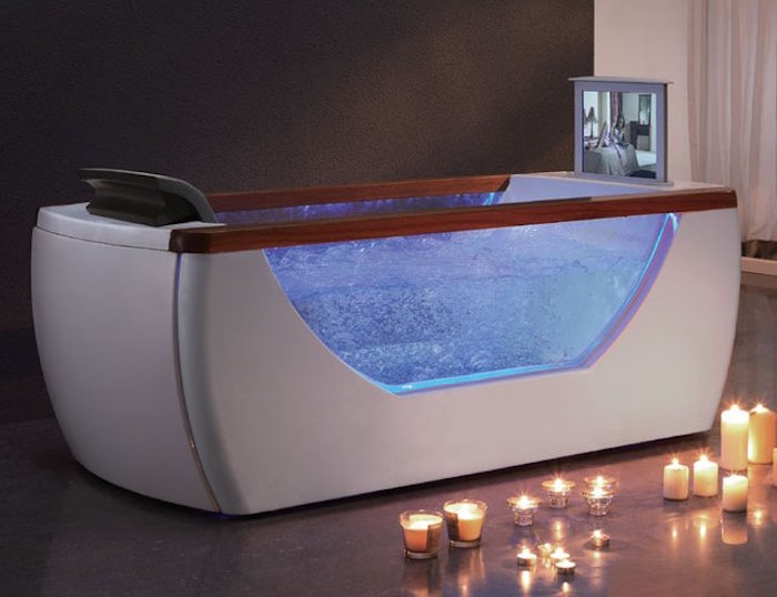 Whirlpool-Bathtub-01