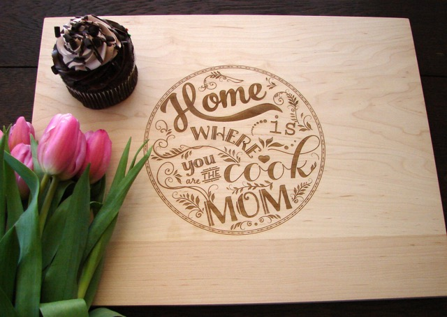 mother's day personalized cutting board  holycool, Kitchen design