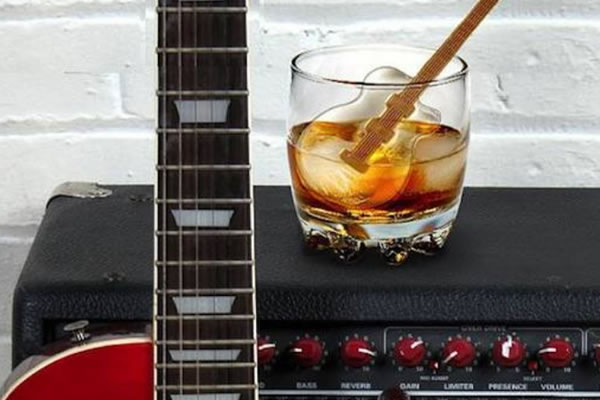 Guitar Ice Cube Stirs
