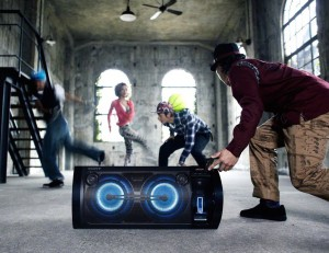 Sony-Portable-Party-System-01