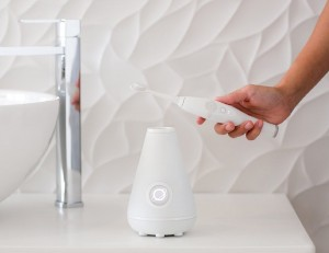 Aura-Clean-Ultrasonic-Toothbrush-System-from-Tao-Clean-02