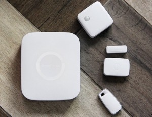 SmartThings-Home-Monitoring-Kit-by-Samsung-01