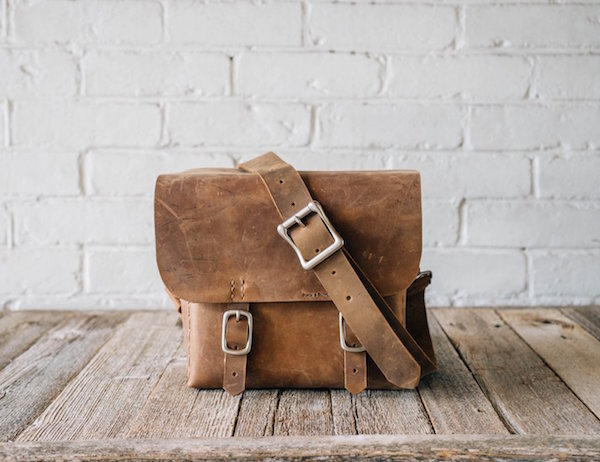 Minimalist-Leather-Camera-Bag-by-Stock-Barrel-Co