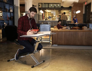 The-Edge-Desk-Ergonomic-Workspace-01