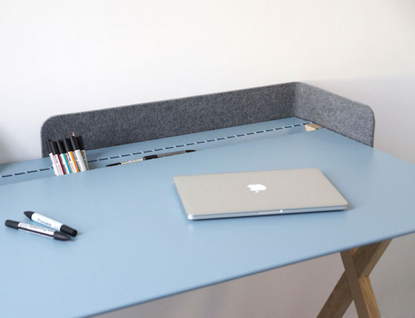Recto-Verso-D1-Desk-by-Linadura