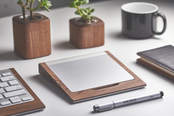 Walnut-Trackpad-Tray-By-Grovemade
