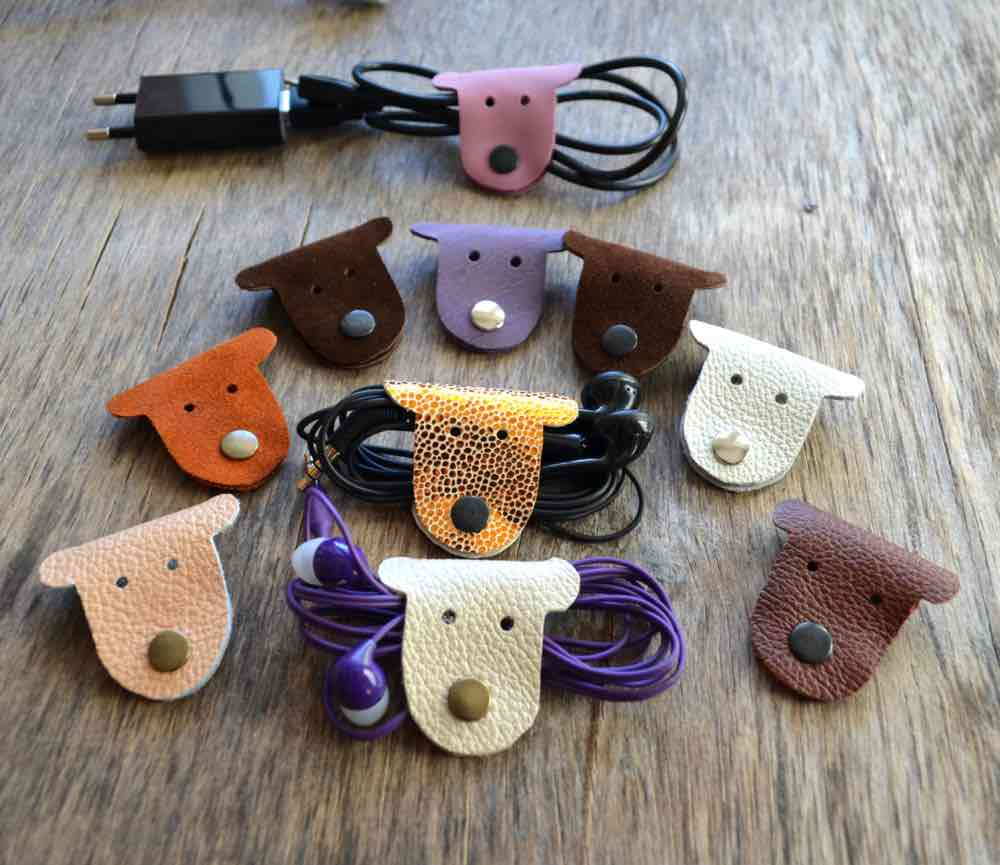 Dog-shaped Leather Cord Organizer