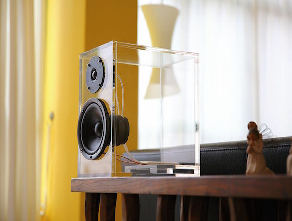 ONEclassic-Wireless-Speaker-System-by-ONEaudio