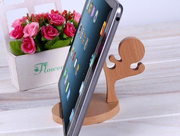 ninja-wooden-iphone-stand