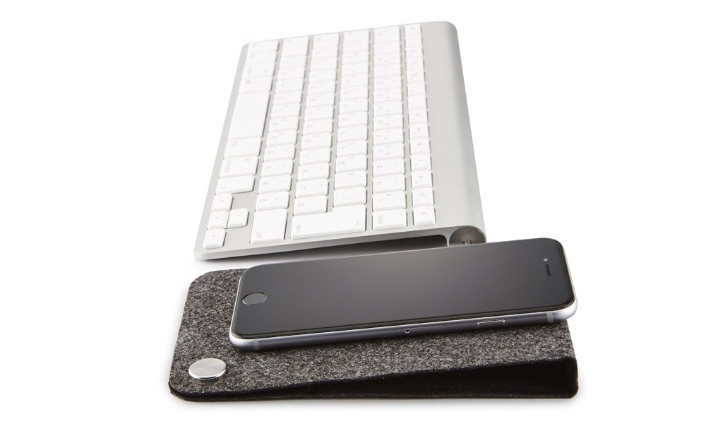 nuans-magfit-desk-organizer-foldable-mat-with-magnetic-cable-holder_