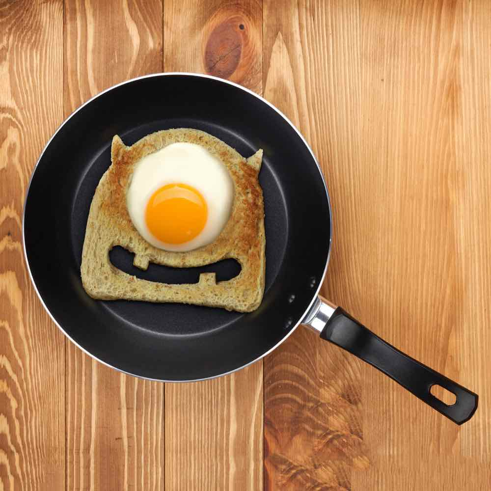 egg-monster-toast-cutter
